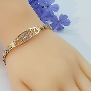Tri-Color Gold Plated GOOD LUCK Bracelet. Pulsera